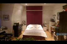 Flat to rent in Muswell Hill, London, N10