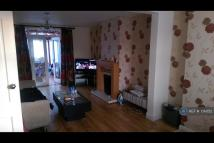 Bishopsford Road Terraced property to rent