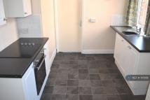 Flat to rent in Clifton Road, Darlington...
