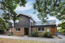 Edgeborough Way Detached house to rent