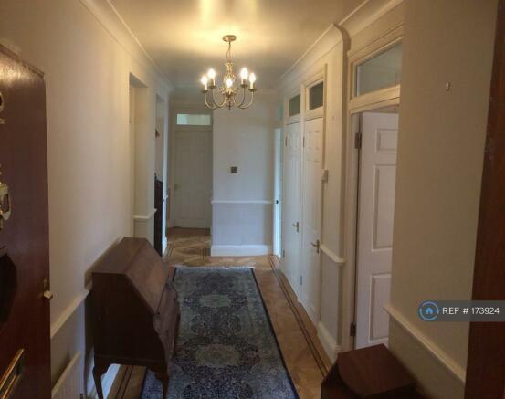 Hallway Inside Apartment (1)