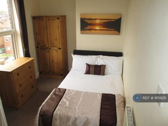 En-Suite Double Room Available