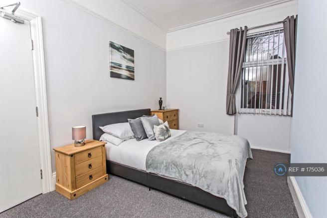 Great Sized Double Room With Brand New Furnishings