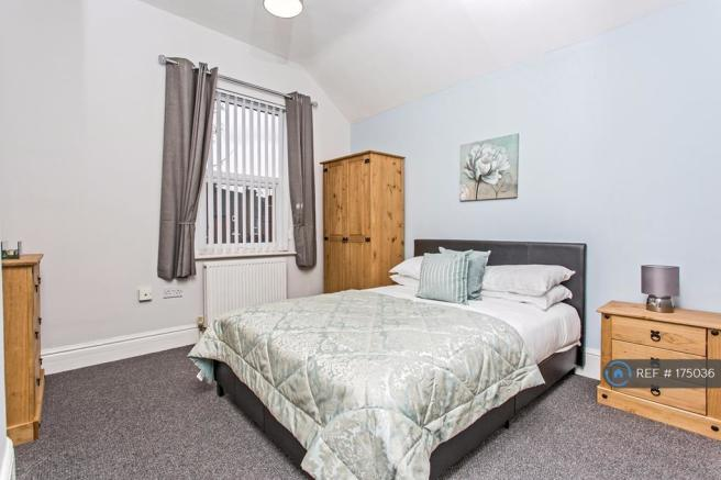 Good Sized Fully Furnished Double Room