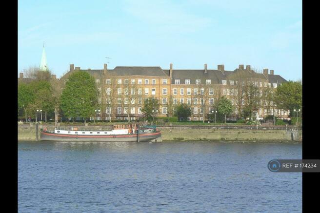 Beautiful Riverside Location