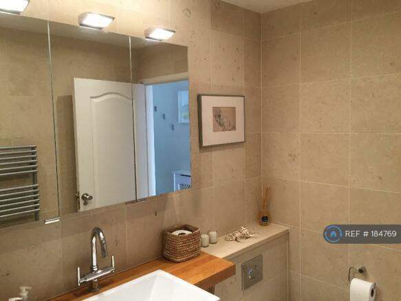 Main Bathroom (Wet Room) (2)