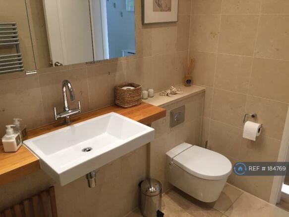 Main Bathroom (Wet Room) (3)