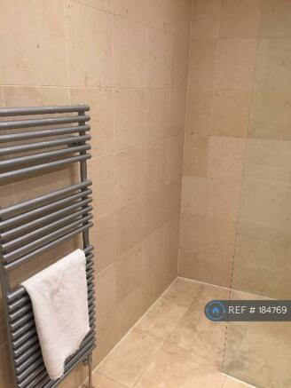 Main Bathroom (Wet Room) (4)