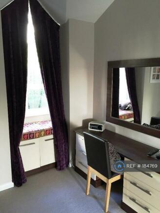 Main Bedroom (3)