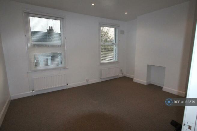 Double Bedroom 2 / Living Room