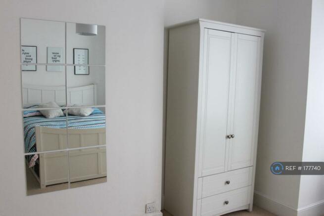 Bedroom 1 (Wardrobe)