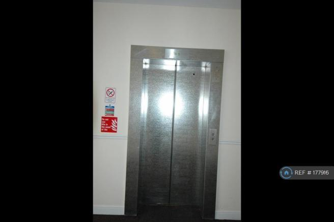 Well Maintained Lift