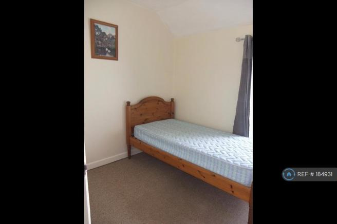 Lovely Bright Single Room