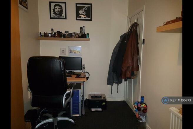 Bedroom 3 - Picture 2