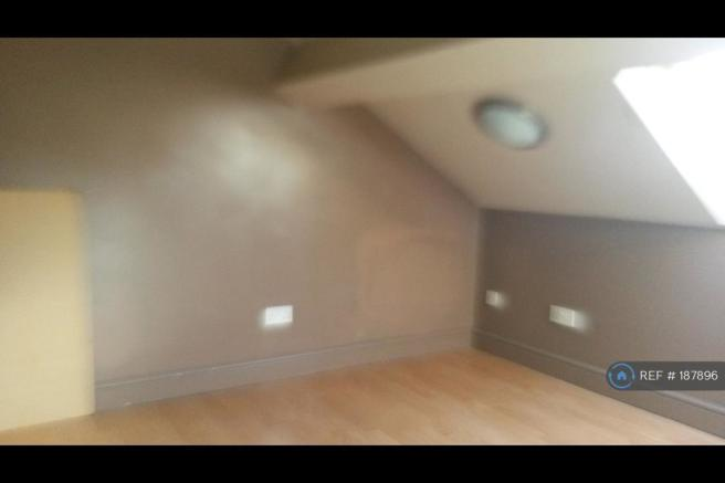 Attic Bedroom, Office Or Craft Room