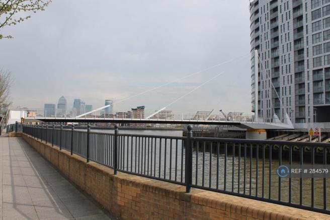 Footbridge Over To Thames Path To Greenwich