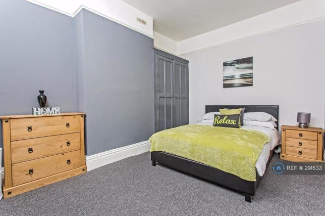 Good Sized Fully Furnished Double Room Let