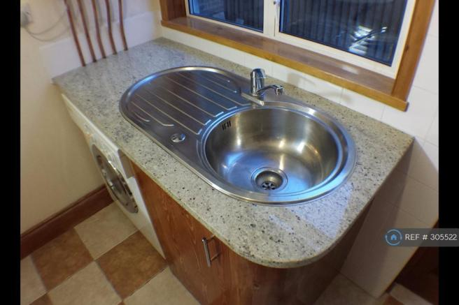 Granite Worktops/Wnset Sink Miele Washer/Dryer