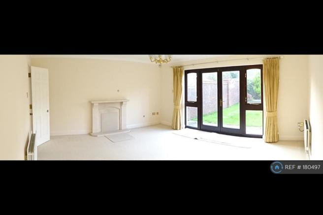 Lounge With French Door
