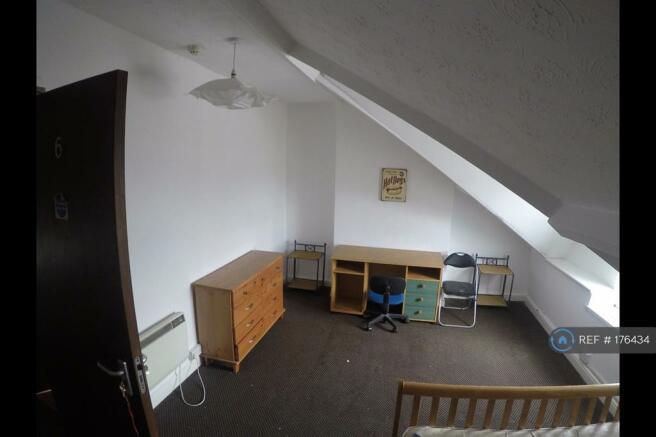 Bedroom 6 Attic (Front)