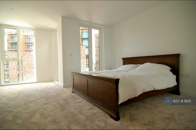 Master Bedroom Super King Size Bed