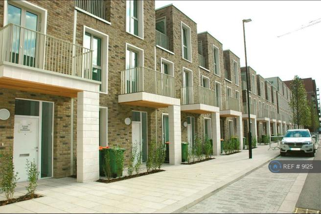 Starboard Way Townhouses Terrace
