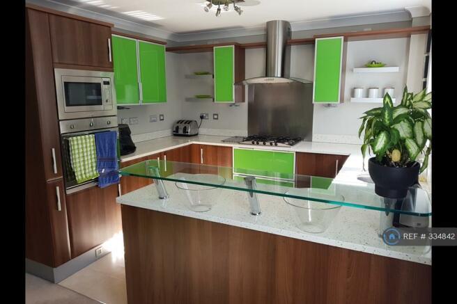 Kitchen Area b