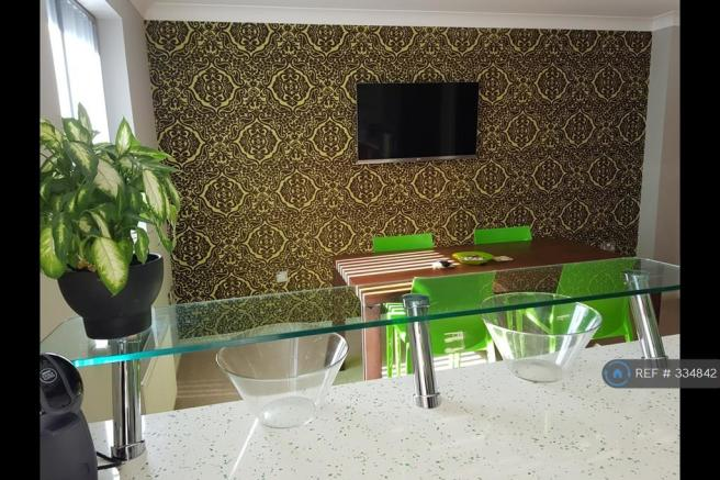 Kitchen Area d