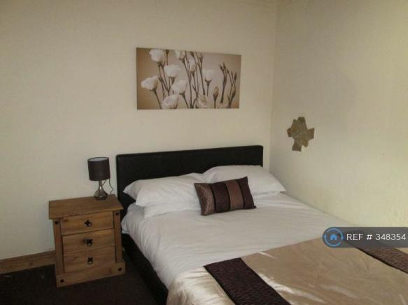 Great Double Room With Shower Room Available