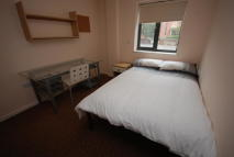3 bed Apartment to rent in Grange Lane, Leicester...