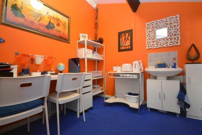 Family Room Kitchene