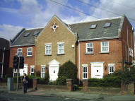 property to rent in Unit 1 Warwick Court, 32 Leigh Road, Eastleigh, SO50 9DT