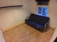 Studio flat in Dulwich Road, London...