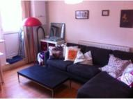 Ground Flat to rent in Stoke Newington High...