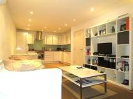 1 bed Apartment in Chicksand Street...