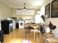 1 bedroom Flat to rent in Bethnal Green Road...