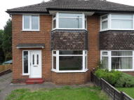3 bedroom semi detached house to rent in Woolgreaves Drive...