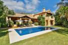 Villa for sale in Sierra Blanca...