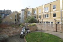 2 bedroom Flat in Elizabeth Mews...