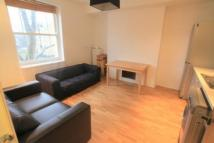 2 bed Flat to rent in St. John's Grove...