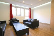 6 bed property in Goodinge Close...