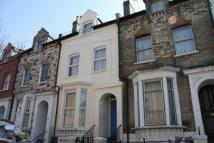 Flat in Windermere Road, Archway...