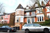 Flat to rent in Mountview Road, London...