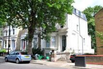 2 bedroom Flat in Hillmarton Road...