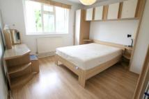 Flat to rent in Willes Road...