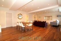 4 bedroom house in Belsize Road...