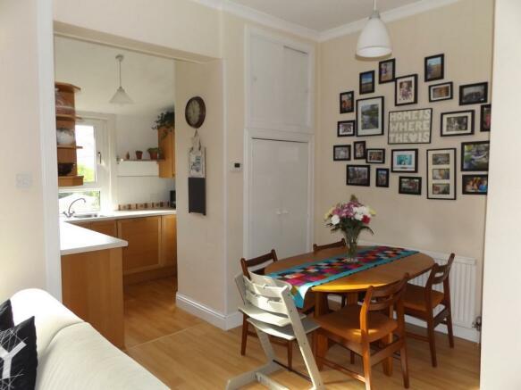 Kitchen/Seating