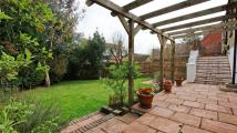 5 bedroom Detached house in Twickenham Road...