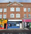 Shop to rent in Eltham High Street...