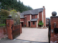 4 bed Detached home in Princes Road, Mallet...